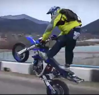 震撼摩托界的特技视频剪辑